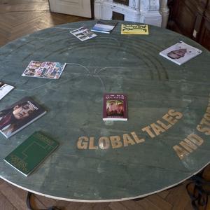 Holztische (Tischplatten wurden anschließend komplettiert)